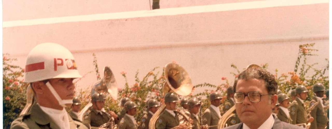 Apesar do rompimento com governo Figueiredo, Gonzaga diz que obteve o apoio do Exército para auxiliaro Ceará, principalmente no enfrentamento da seca