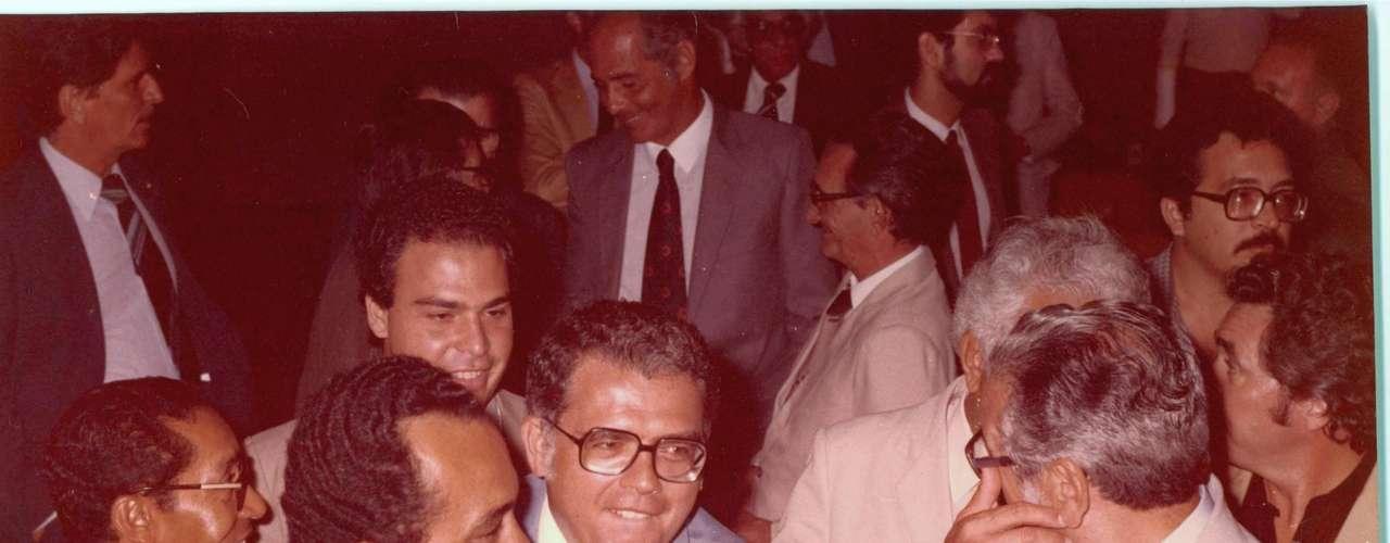 Gonzaga Mota no encontro dos governadores do Nordeste, em 1983
