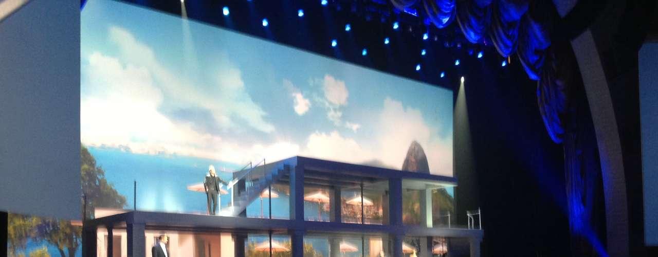 Na teatral apresentação do Galaxy S4, o recurso S Translator, que traduz texto e áudio em nove idiomas - entre eles o português -, é mostrado com uma paisagem do Rio de Janeiro