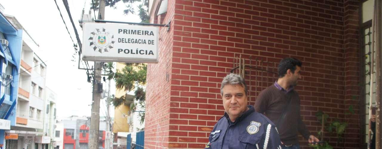 19 de março - O superintendente da Guarda Municipal, Luiz Oneide Martins Gonzatto, também prestou depoimento