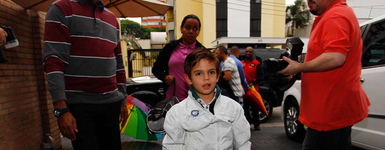 Rodrigo, filho do apresentadorFaustão,esteve na festa