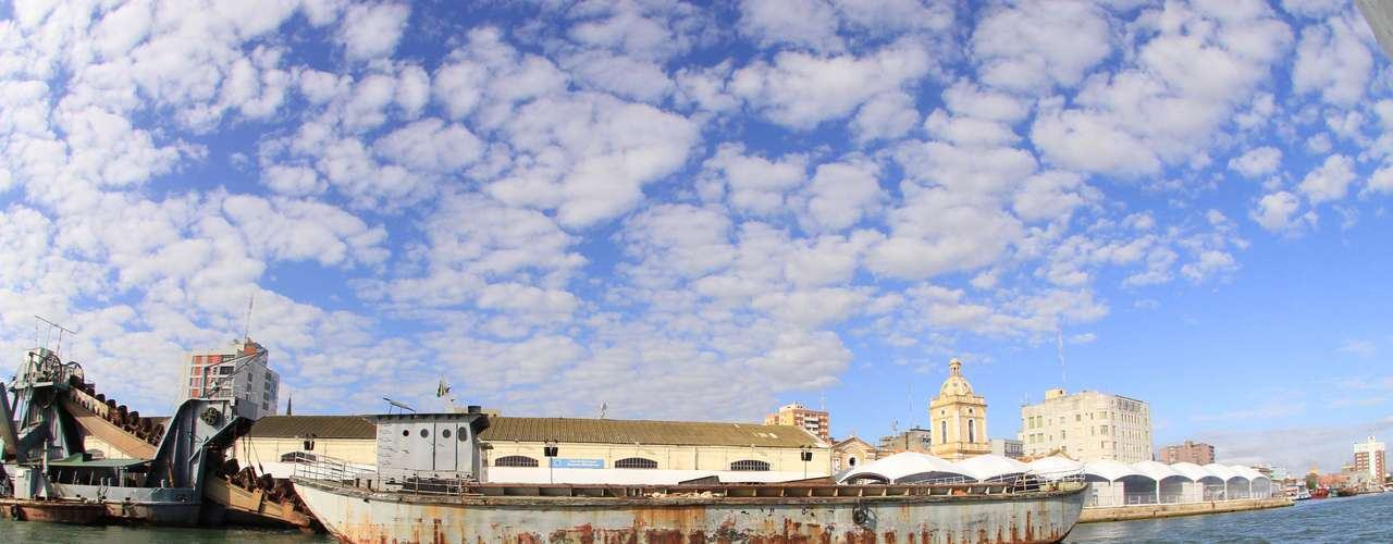 22 de marçoManhã de sol e céu aberto na Lagoa dos Patos, em Rio Grande (RS), na manhã desta sexta-feira. A temperatura era de 19ºC