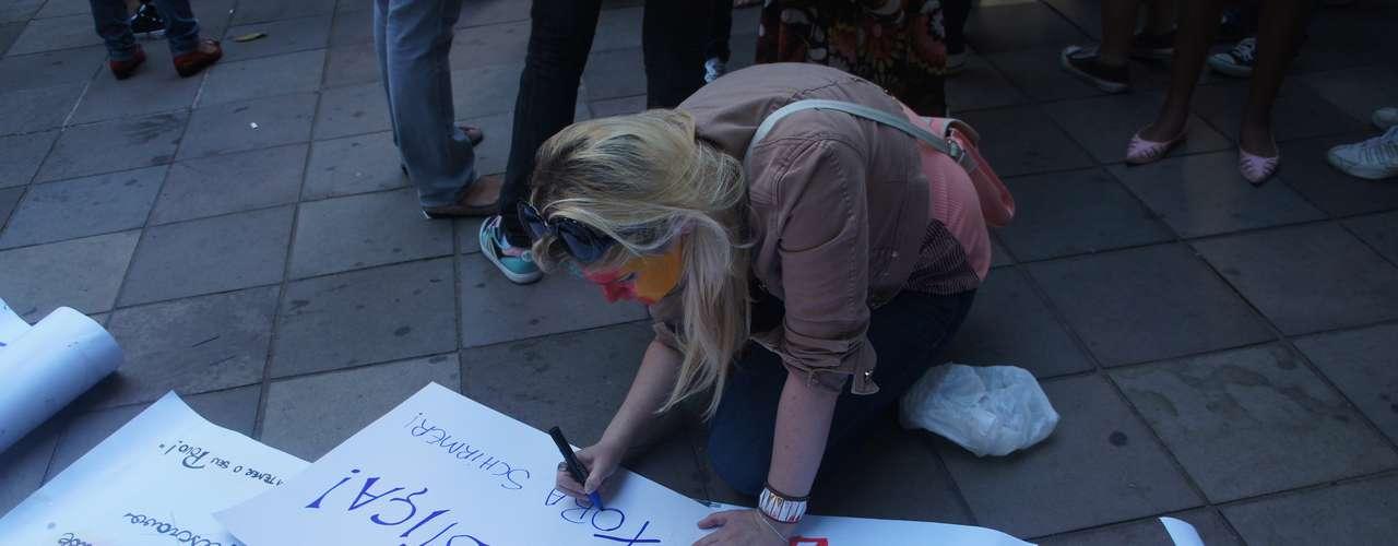 25 de março - Manifestantes percorreram as ruas de Santa Maria pedindo justiça