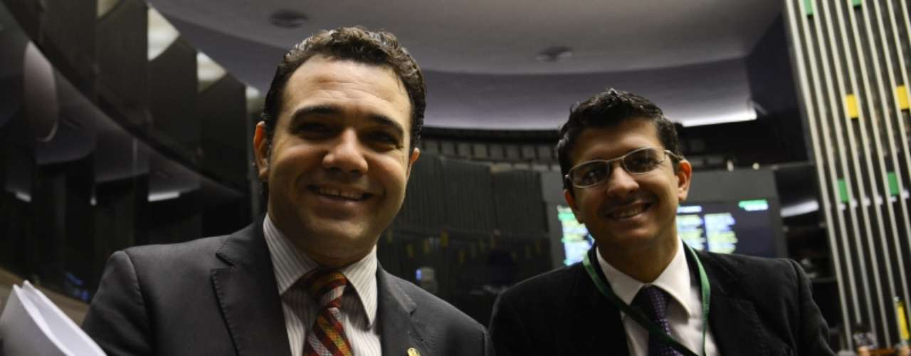 Deputado Marco Feliciano (PSC-SP) comemora sua permanência na presidência da Comissão dos Direitos Humanos da Câmara dos Deputados