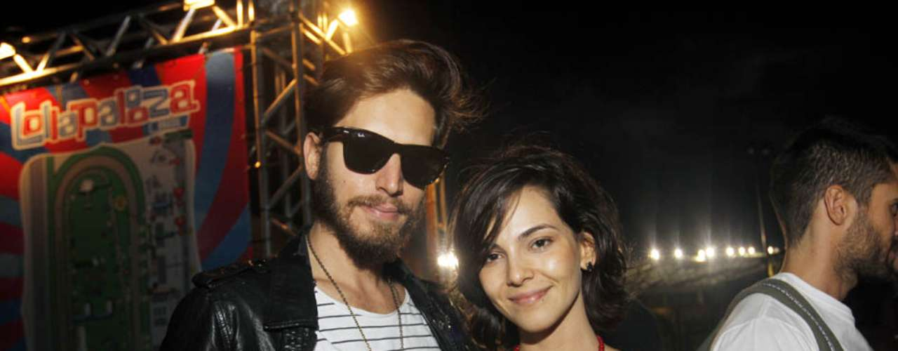 Celebridades marcaram presença também no segundo dia do festival Lollapalooza, que acontece neste sábado (30), no Jockey Club de São Paulo. Na foto, a atrizTainá Müller