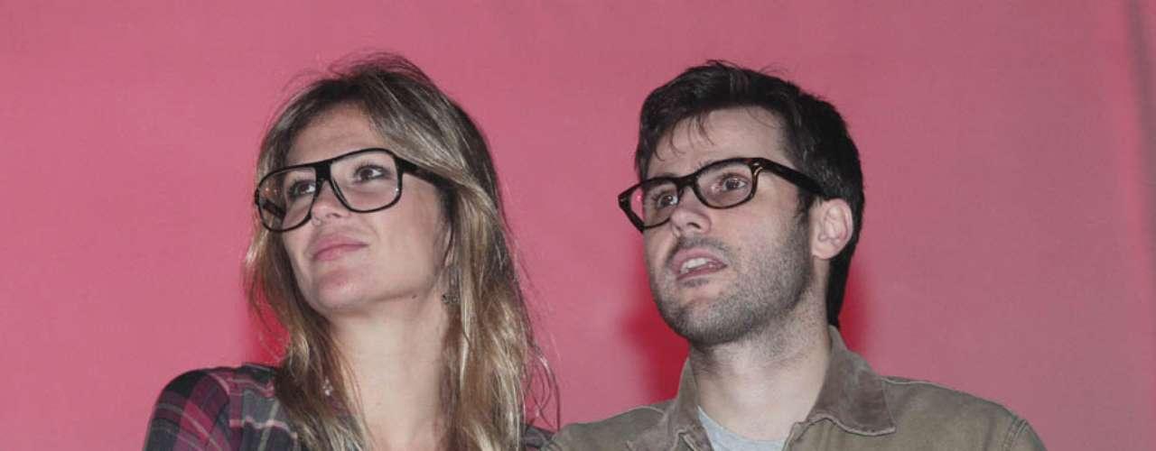 Famosos compareceram ao último dia de Lollapalooza, no Jockey Club de São Paulo, neste domingo (31). Na foto, Ellen Jabour e o músico Jonathan Correa