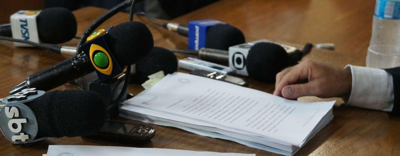 3 de abril - Magistrado Ulysses Fonseca Louzada defende que os quatro acusados por homicídio doloso vão para júri popular