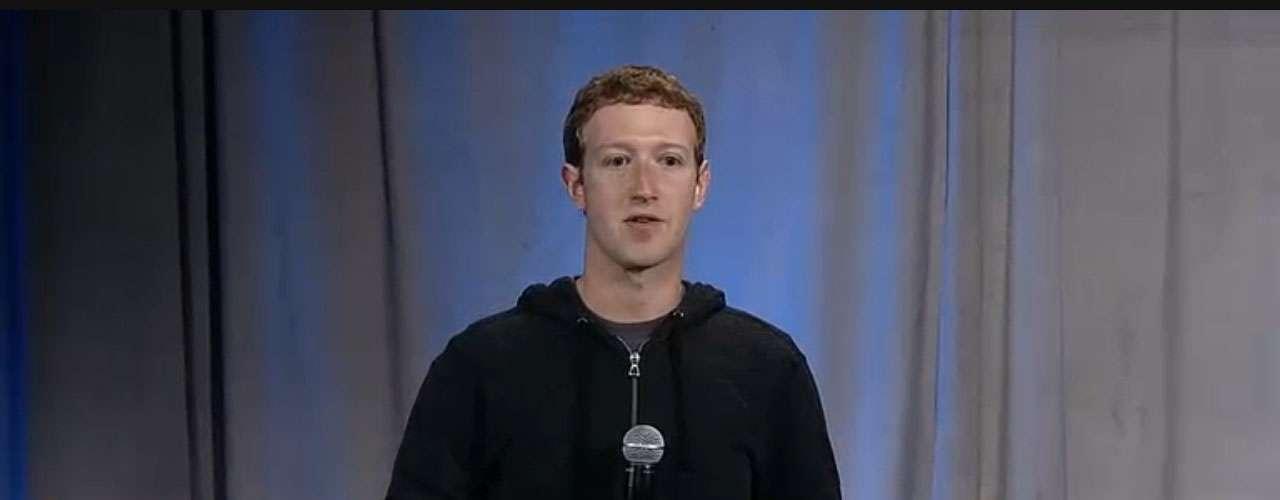 CEO do Facebook questiona durante a apresentação:\