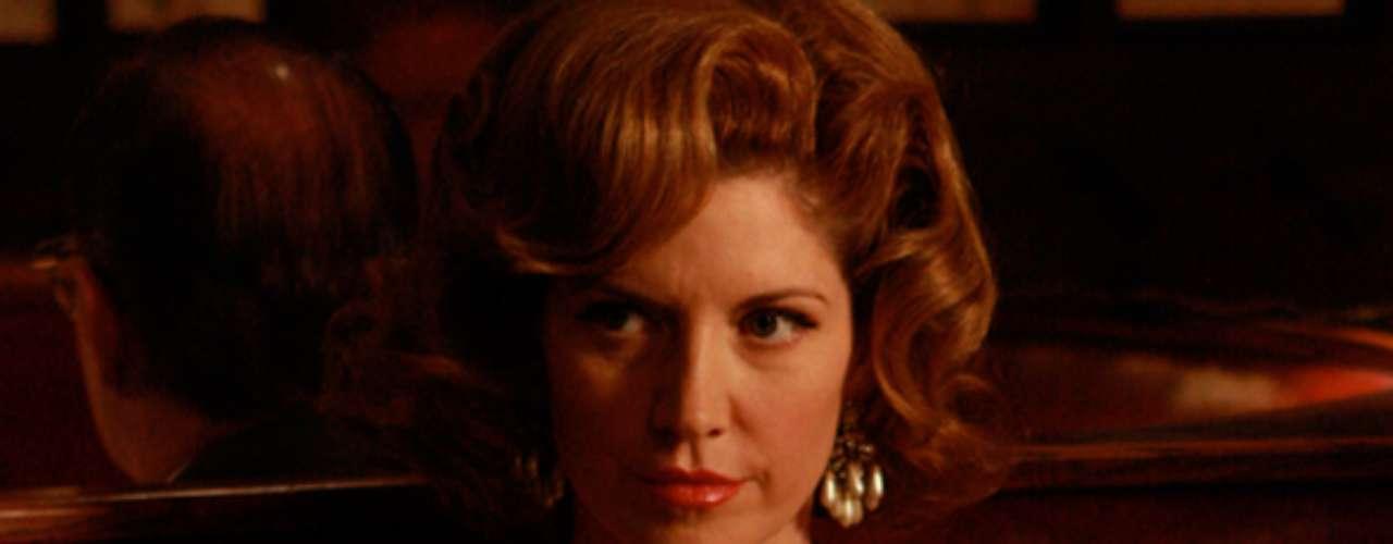 Bobbie Barrett é mulher e empresária do humorista Jimmy Barrett, contratado pela Sterling Cooper. Ela tem um caso com Don Draper, mas o envolvimento acaba sendo interrompido quando os dois sofrem um acidente de carro enquanto passeavam pela praia
