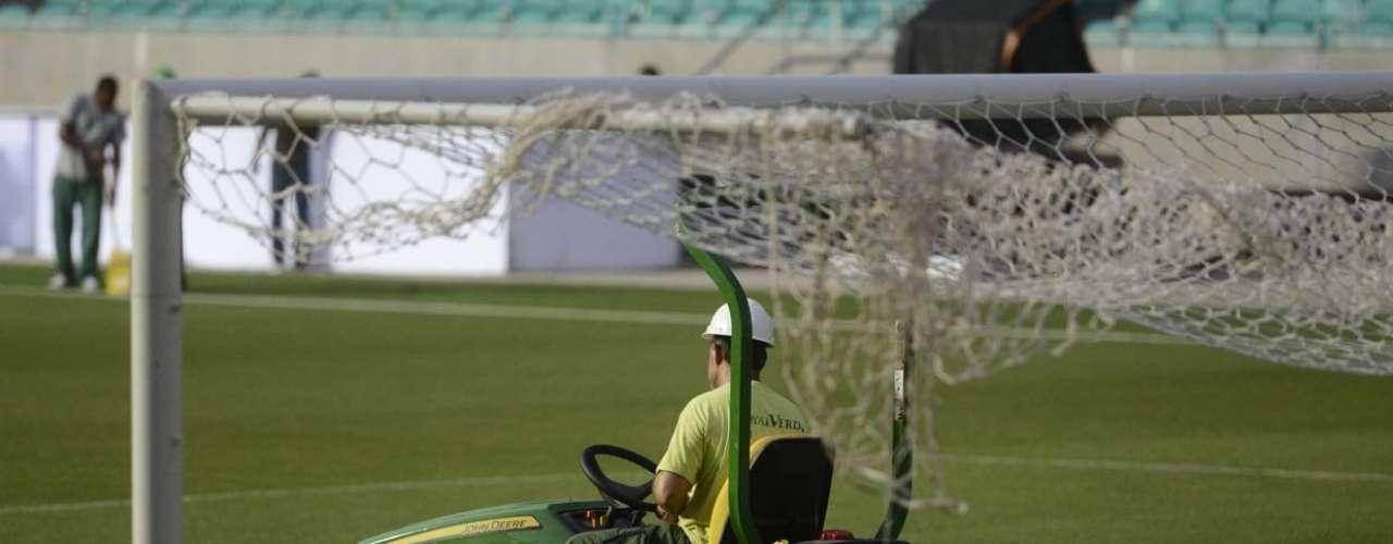 Arena Fonte Nova reabre neste domingo com clássico Bahia x Vitória; veja bastidores do estádio da Copa
