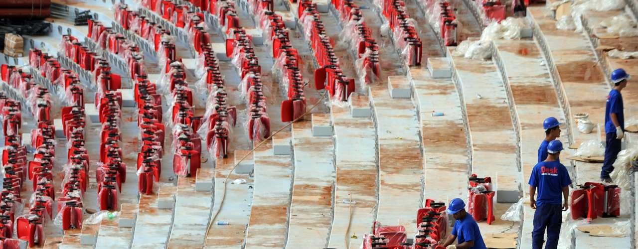 8 de abril de 2013: Brasília também será sub-sede do futebol na Olimpíada de 2016, no Rio de Janeiro