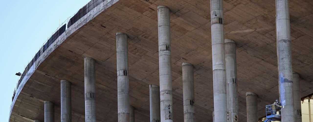 8 de abril de 2013: capacidade do Estádio Nacional de Brasília superará os 70 mil espectadores