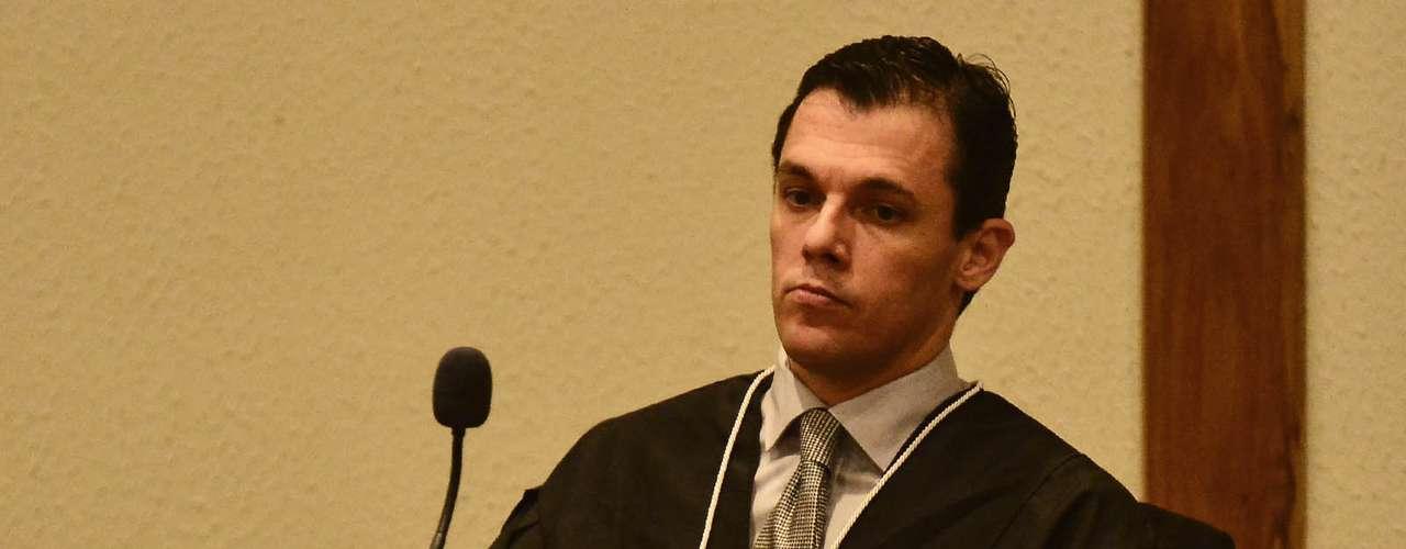 15 de abril -O júri épresidido pelo juiz José Augusto Nardy Marzagão, da Vara do Júri de Santana