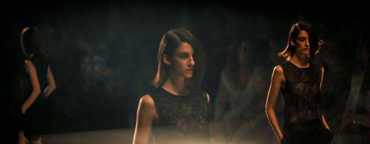 A Iódice foi fundada em 1987 e estreia nesta edição no Fashion Rio