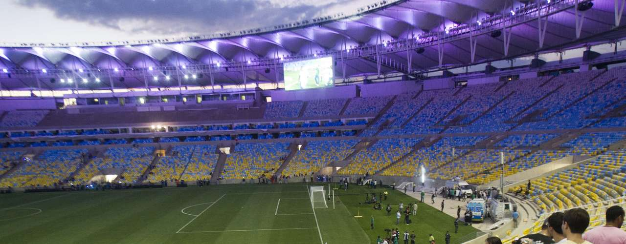 Nova iluminação do Maracanã também foi testada e impressionou