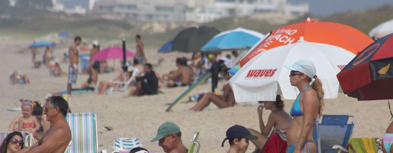 27 de abril Os termômetros podem chegar aos 30ºC na segunda-feira em Florianópolis