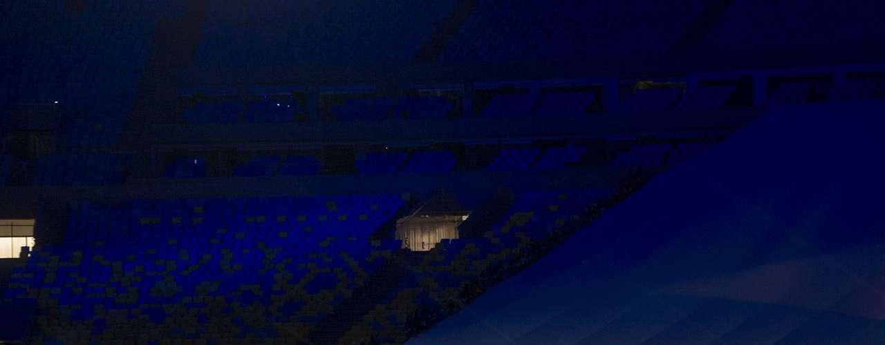 Hino Nacional foi cantado por artistas famosos