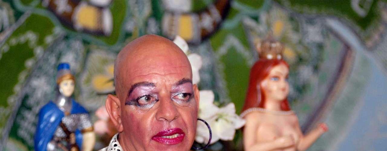 O padre José Pinto, conhecido como padre Pinto, chegou a ser afastado pela Arquidiocese de Salvador, Bahia, por cometer \