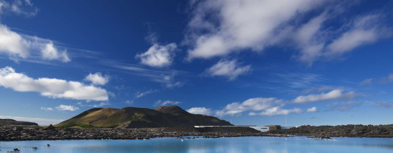 Reykjavik, Islândia O país está cheio de paisagens estonteantes, e é fácil e agradável de se explorar sozinho. O povo é amigável, o interior é belo, e a capital Reykjavik tem ótima comida e arte