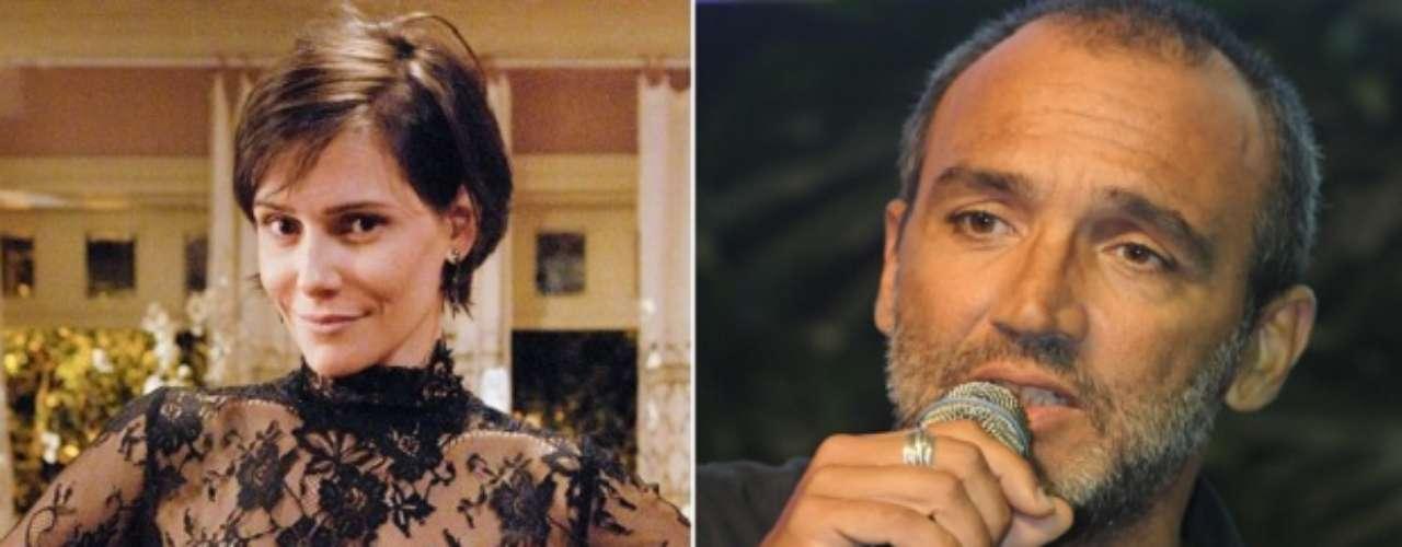 Com Rogério Gomes, o diretor conhecido como Papinha, Deborah Secco viveu um de seus relacionamentos mais longos.Os dois foram casados de 1997 a 2001
