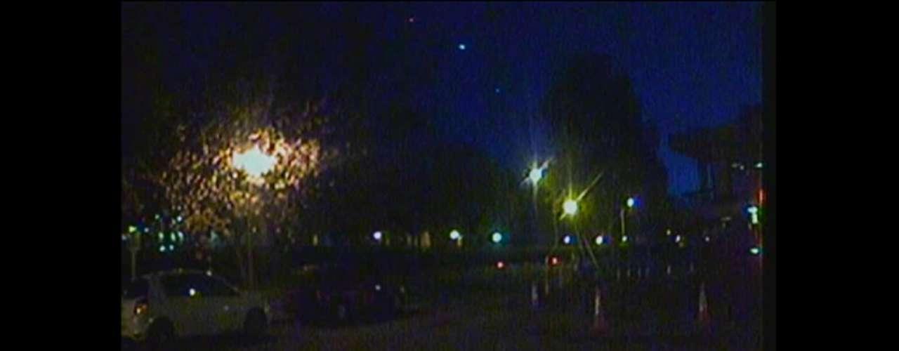 Imagens demeteoro foram captadas por câmeras de circuito interno da BBC