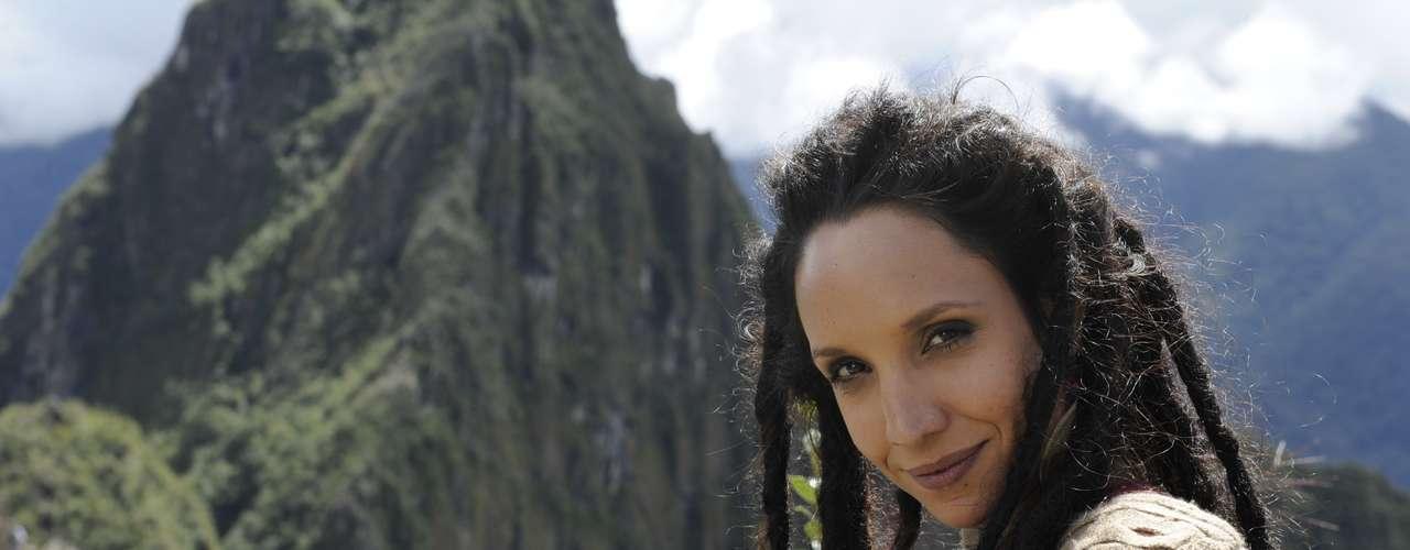 Alejandra (Maria Maya) - é uma boliviana criada em São Paulo. É mística e perigosa