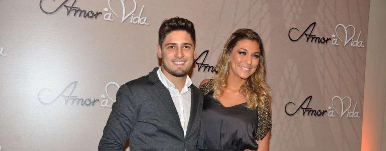 Daniel Rocha foi a um buffet, em São Paulo, para o lançamento oficial da nova trama das 21h, 'Amor à Vida'