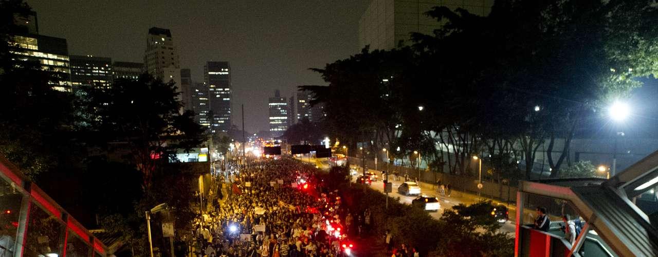 7 de junho Locais tradicionais de São Paulo, como a avenida Rebouças, foram trancados pelos manifestantes, que impediam a circulação de veículos