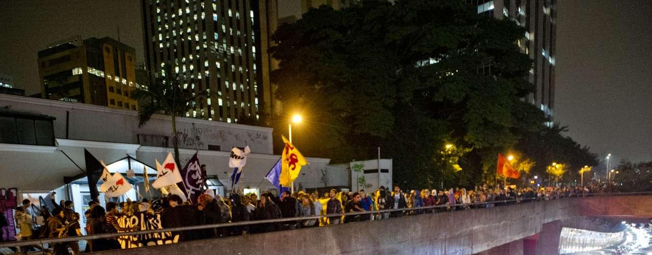 7 de junho - Em meio ao protesto, São Paulo teve o terceiro maior congestionamento do ano nesta sexta-feira