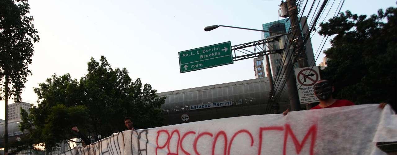 8 de junho O terceiro dia seguido de manifestações, ao contrário dos dois primeiros, não teve atos de vandalismo e violência