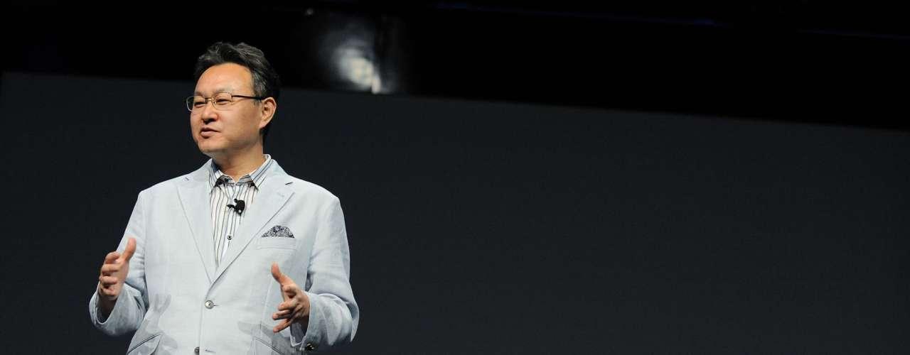 A Sony mostrou pela primeira vez o Playstation 4 em sua conferência na E3 na segunda-feira (10), em Los Angeles