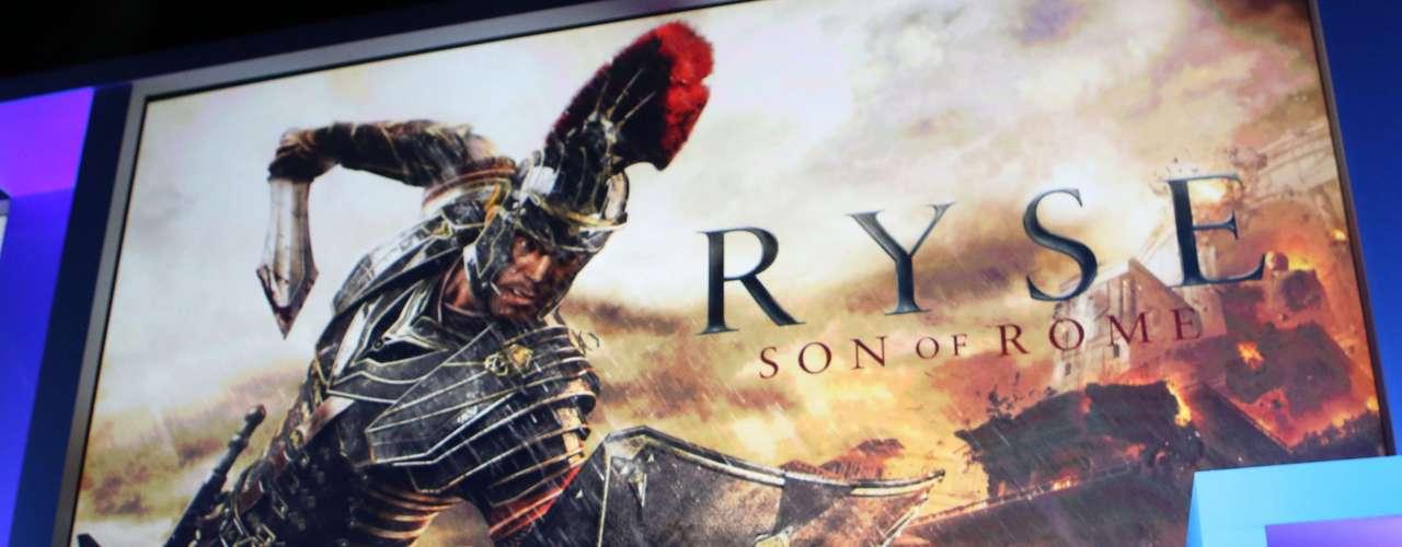 Pouco antes da apresentação da Sony, a Microsoft também anunciou, em 10 de junho, detalhes do seu novo Xbox One, em conferência pré-E3, em Los Angeles