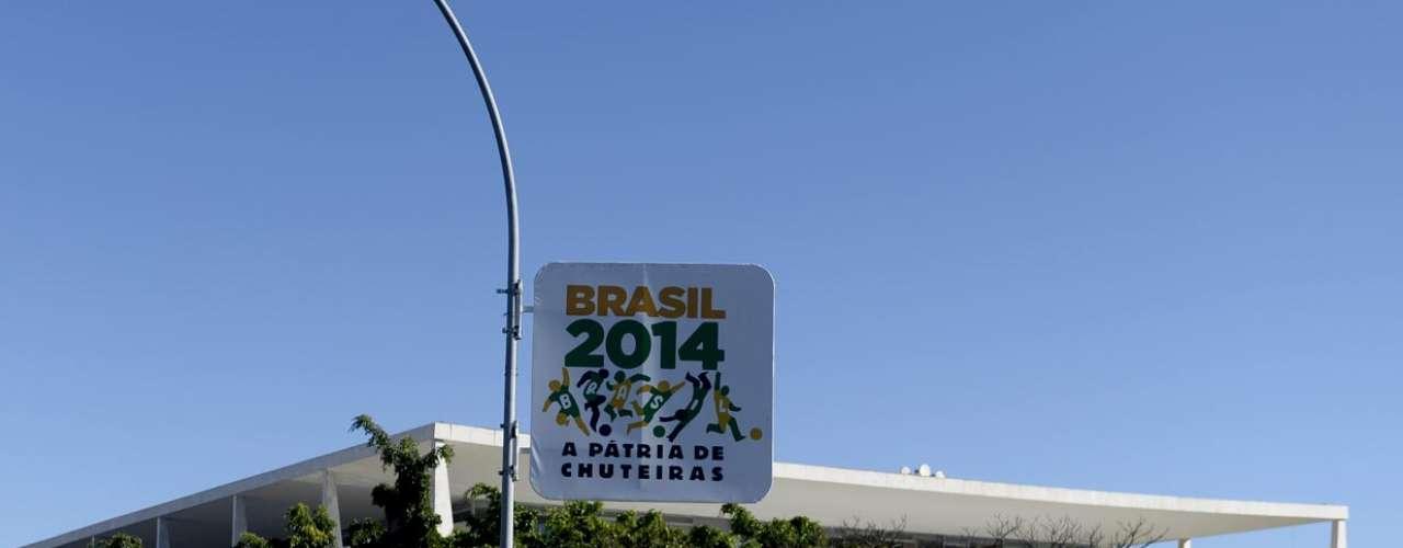 Brasília sediará quatro jogos da primeira fase da Copa do Mundo, um de oitavas de final, um de quartas e a disputa do terceiro lugar