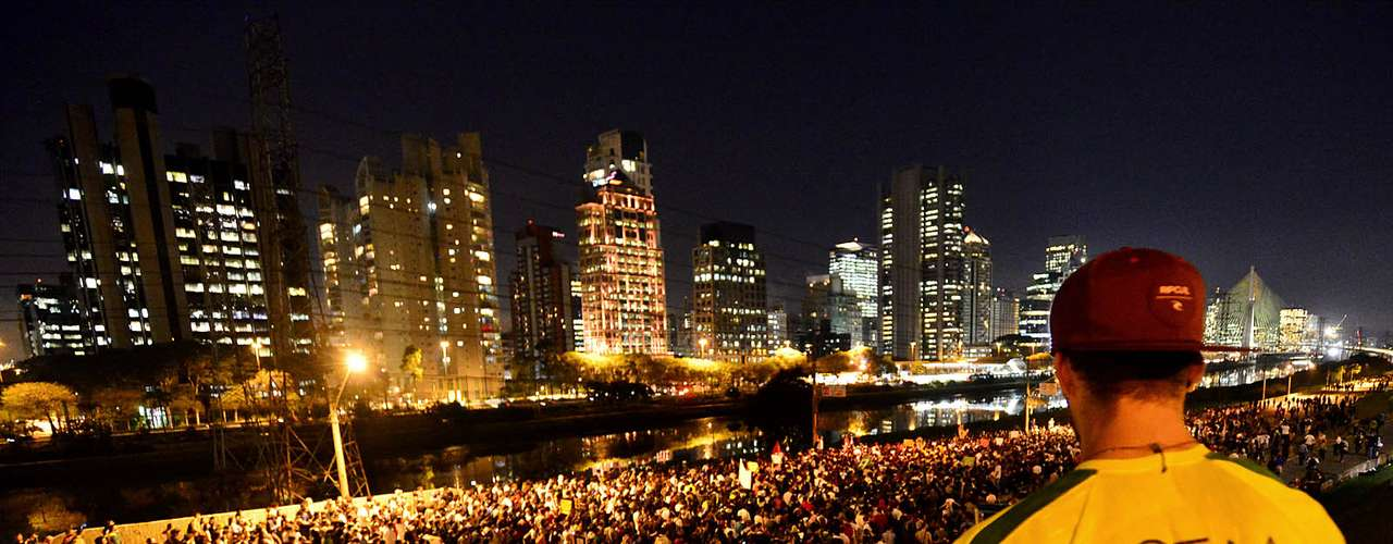 17 de junhoMarcha partiuem direção ao Palácio dos Bandeirantes, em São Paulo
