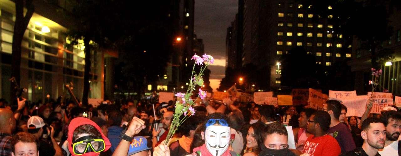17 de junho Os ativistas tomaram conta da avenida Rio Branco, no centro do Rio de Janeiro