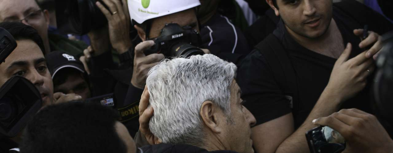 17 de junho O jornalista Caco Barcellos e sua equipe, da Rede Globo, foram expulsos do protesto em São Paulo