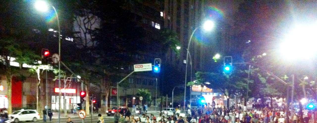 17 de junho - Com palavras de ordem e sem violência, participantes tomaram as ruas da capital paulista
