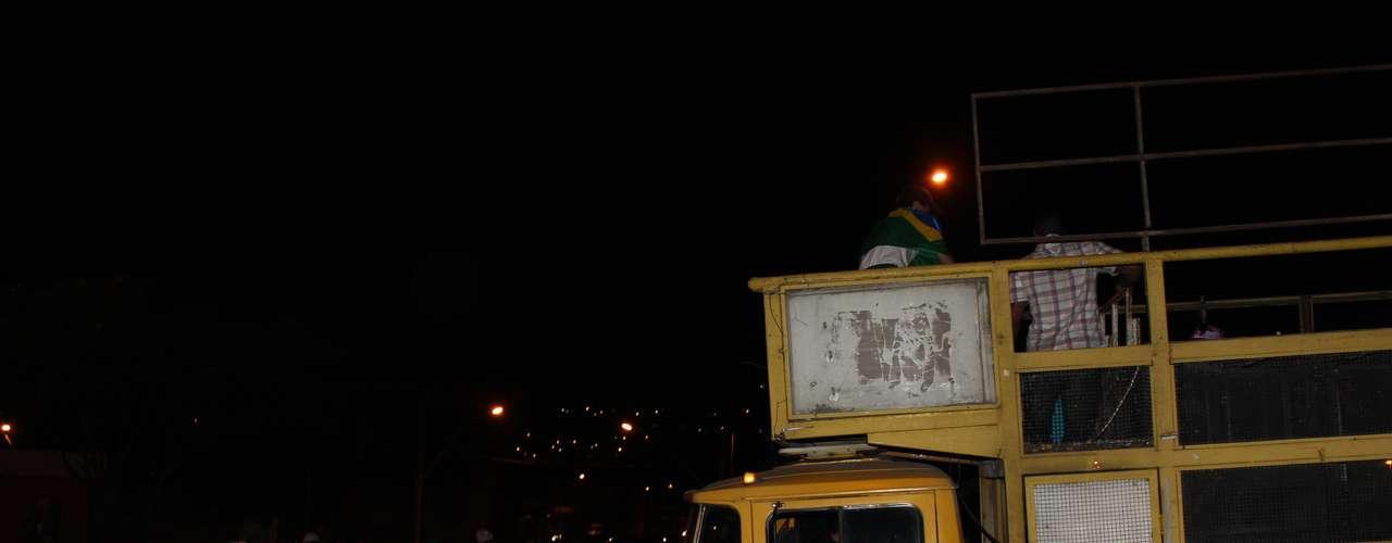 18 junho -  Apesar dos incidentes isolados, o protesto seguiu de forma pacífica em BH