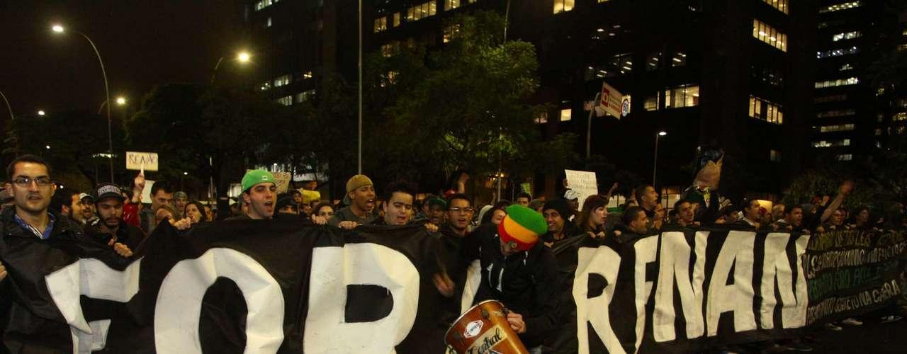 1º de julho -  Protesto em São Paulo foi contra a corrupção e pela saída de Renan Calheiros da presidência do Senado