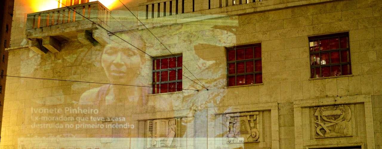 5 de julho -Manifestantes projetam imagem de promessas de campanha do prefeito Fernando Haddad (PT) no prédio da prefeitura de São Paulo