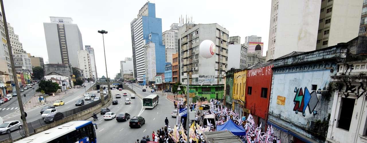 São Paulo Comerciários se reuniram na região central da capital para protestar