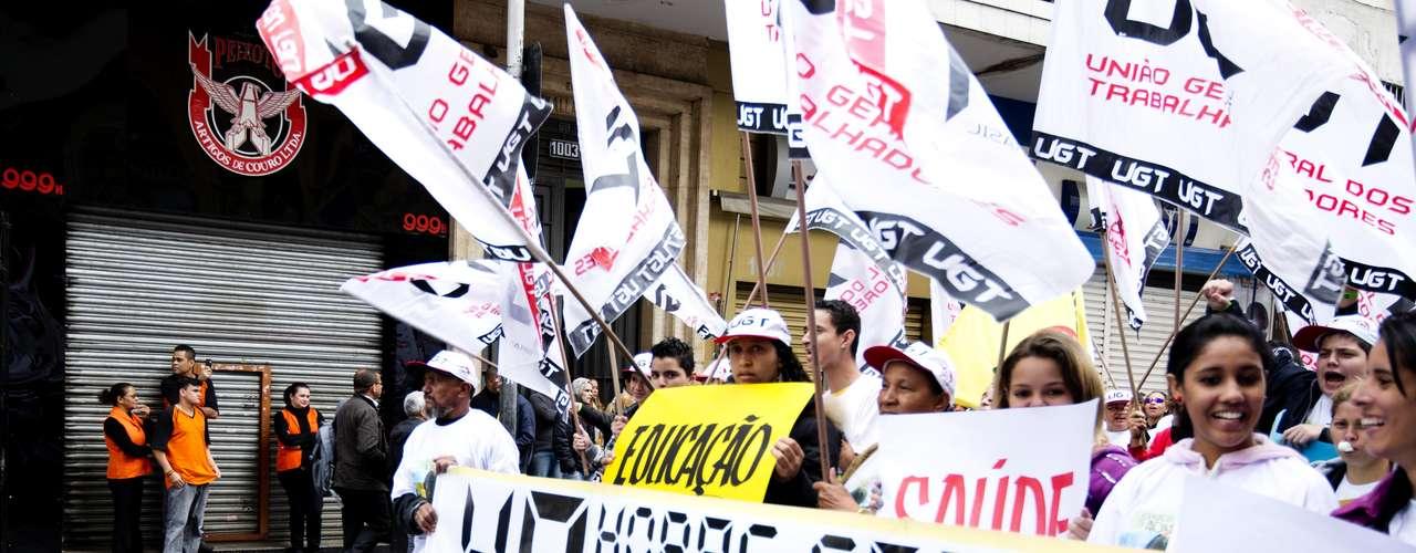 São Paulo O movimento na 25 de Março foi organizado pela União Geral dos Trabalhadores (UGT)