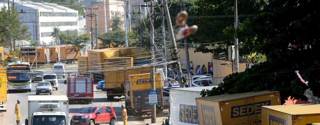 Rio de JaneiroNa cidade, além dos Correios, as escolas também estão fechadas