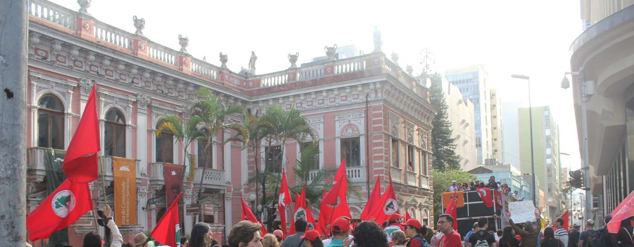 Florianópolis A maioria dos manifestantes era ligada a sindicatos e movimentos sociais