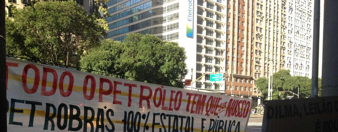 Rio de Janeiro Sindicalistas cobram a presidente Dilma Rousseff na distribuição dos lucros do petróleo