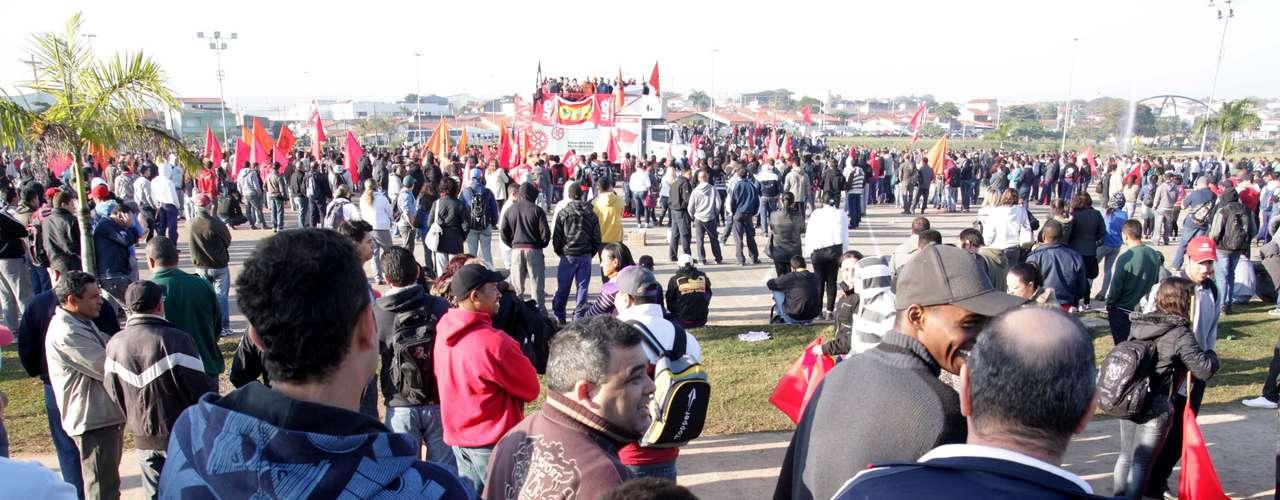 Sorocaba Os sindicalistas pararam em diversos pontos que dão acesso às indústrias em Sorocaba