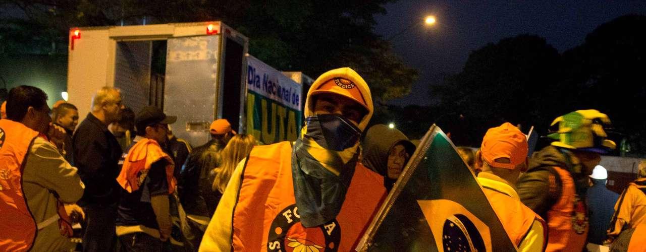 São Paulo Entre as entidades que aderiram àparalisação nacional estão a Central Única dos Trabalhadores (CUT), Força Sindical, União Geral dos Trabalhadores (UGT) e Coordenação Nacional de Lutas (Conlutas)