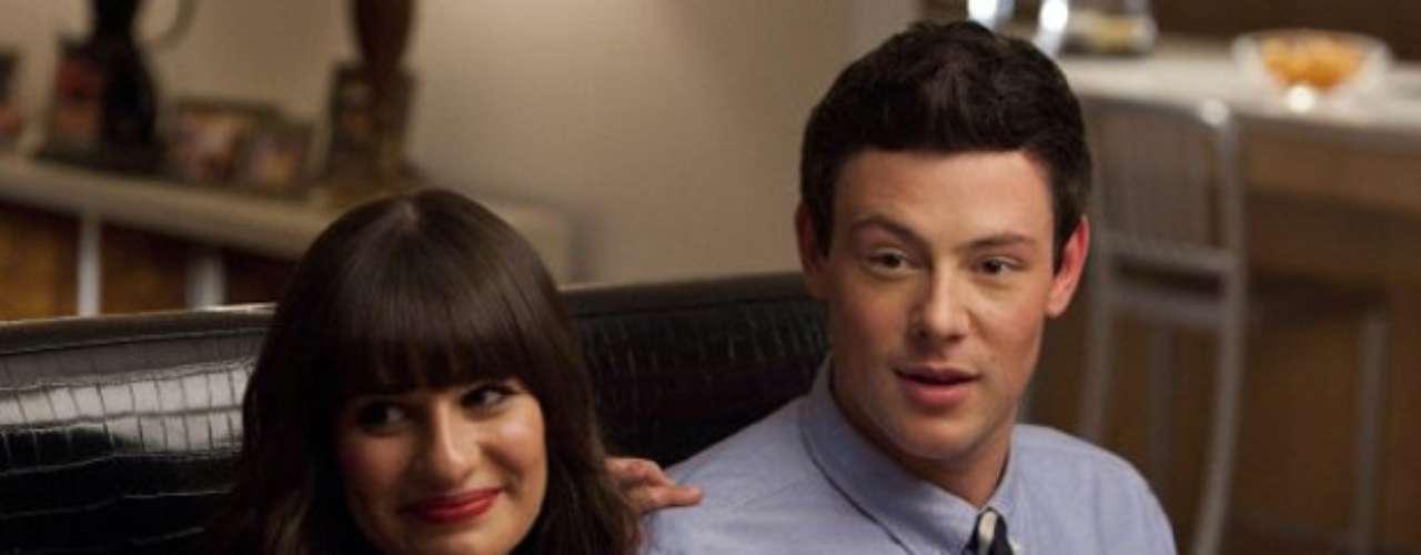 Ele era namorado da atrizLea Michele (Rachel Berry na sérieGlee)
