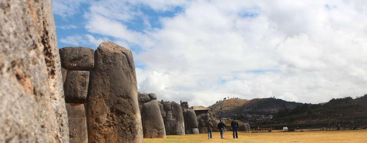 Acredita-se que tenha sido construída para fins cerimoniais, mas também pode ter sido utilizada como um forte