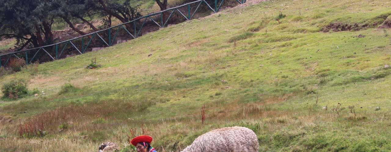 O nome Tambomachay em quéchua significa lugar de descanso, pois ficava no caminho de Kapaq Ñan e servia de ponto de comunicação com todos os povoados de Tawantisuyo